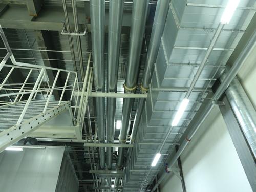 介质管道系统